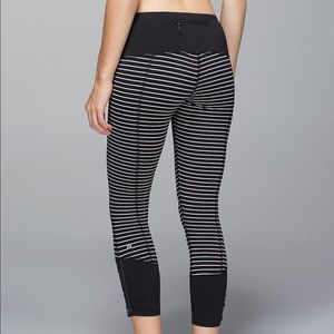 Lululemon Parallel Stripe- Runday Crop